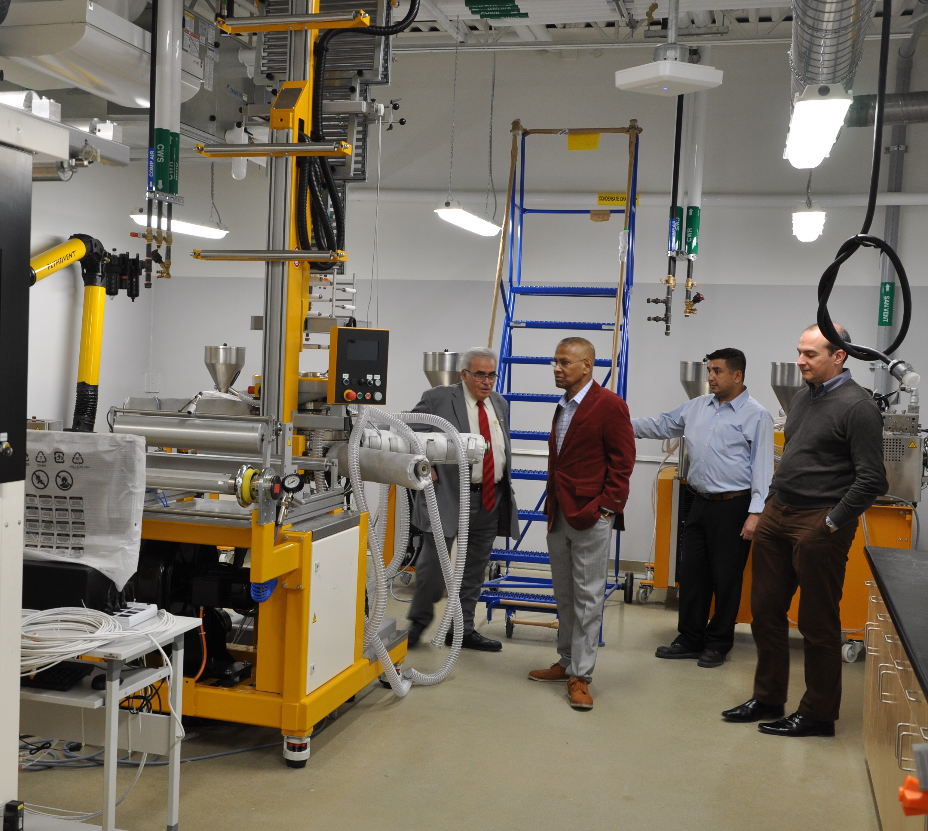 Image - Prof. Amar Mohanty giving a tour of Phase 3 of the BDDC to Advisory Board members