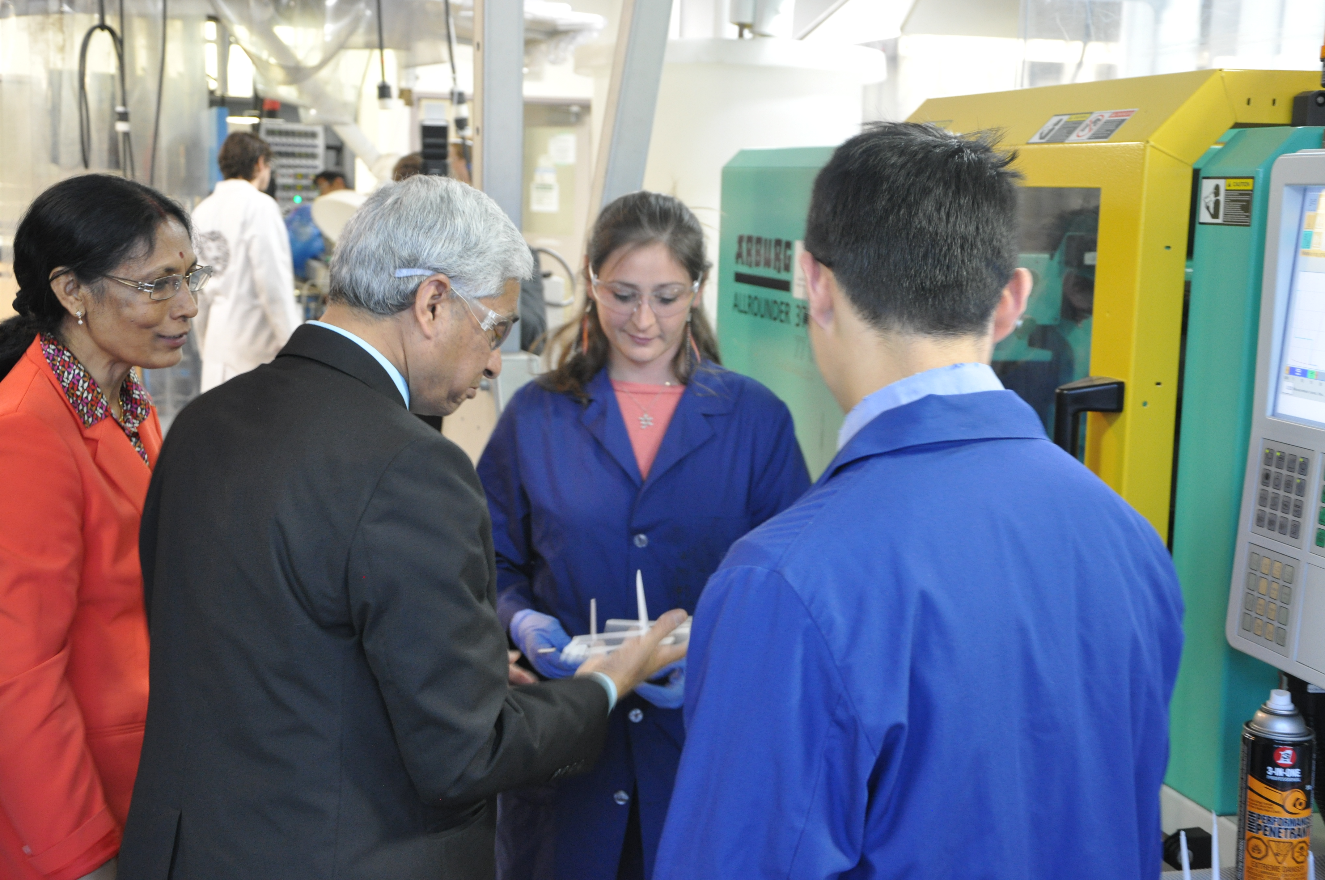 High Commissioner of India given a tour of the bioproducts lab.