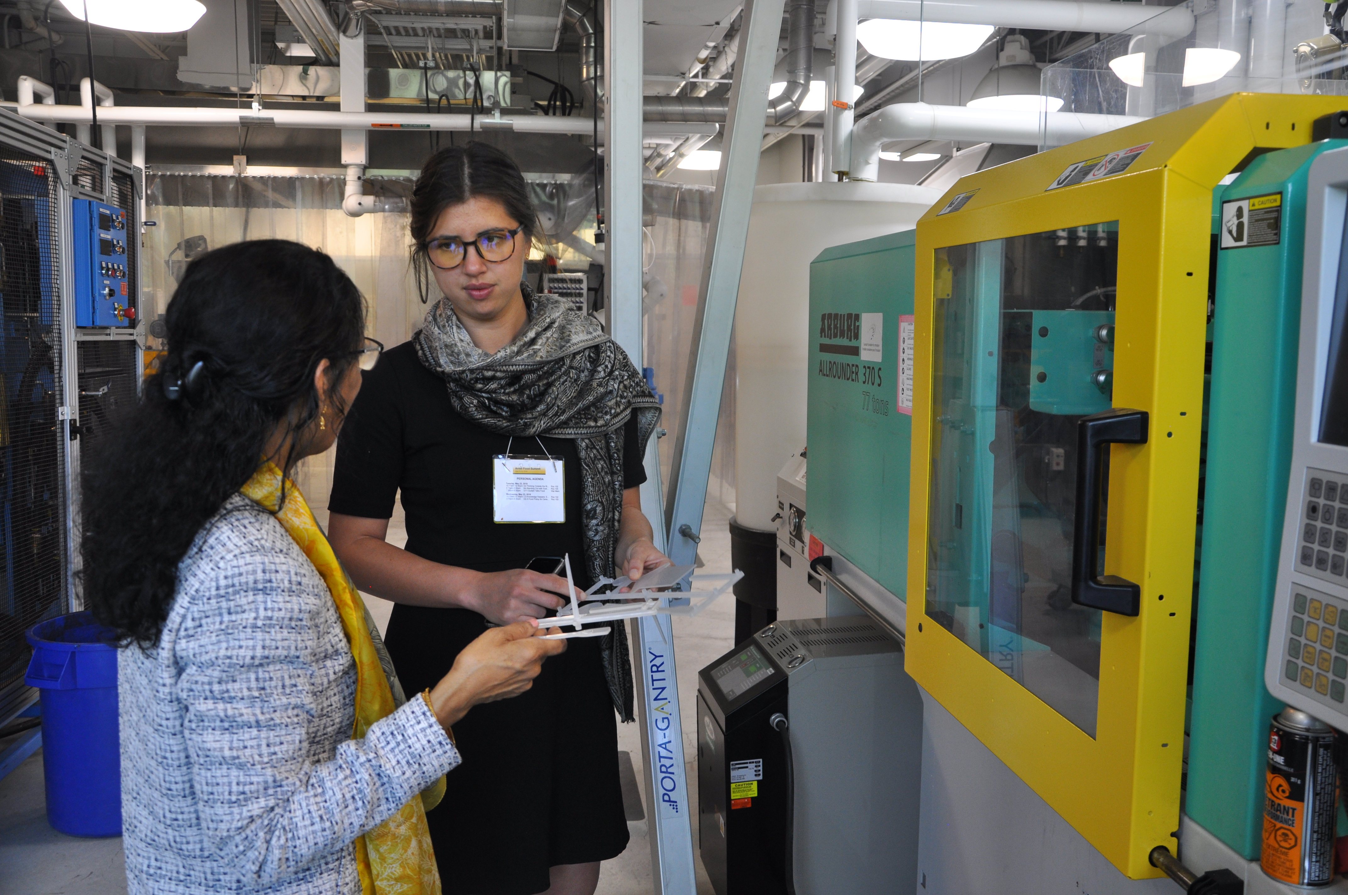 Professor Manju Misra guides Emma Chow through the BDDC's Processing Lab